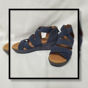 Gentle Souls by Kenneth Cole Mia Strappy Wedge